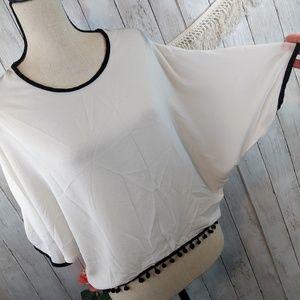 ALYSSA cute white sheer top blouse, black trim med